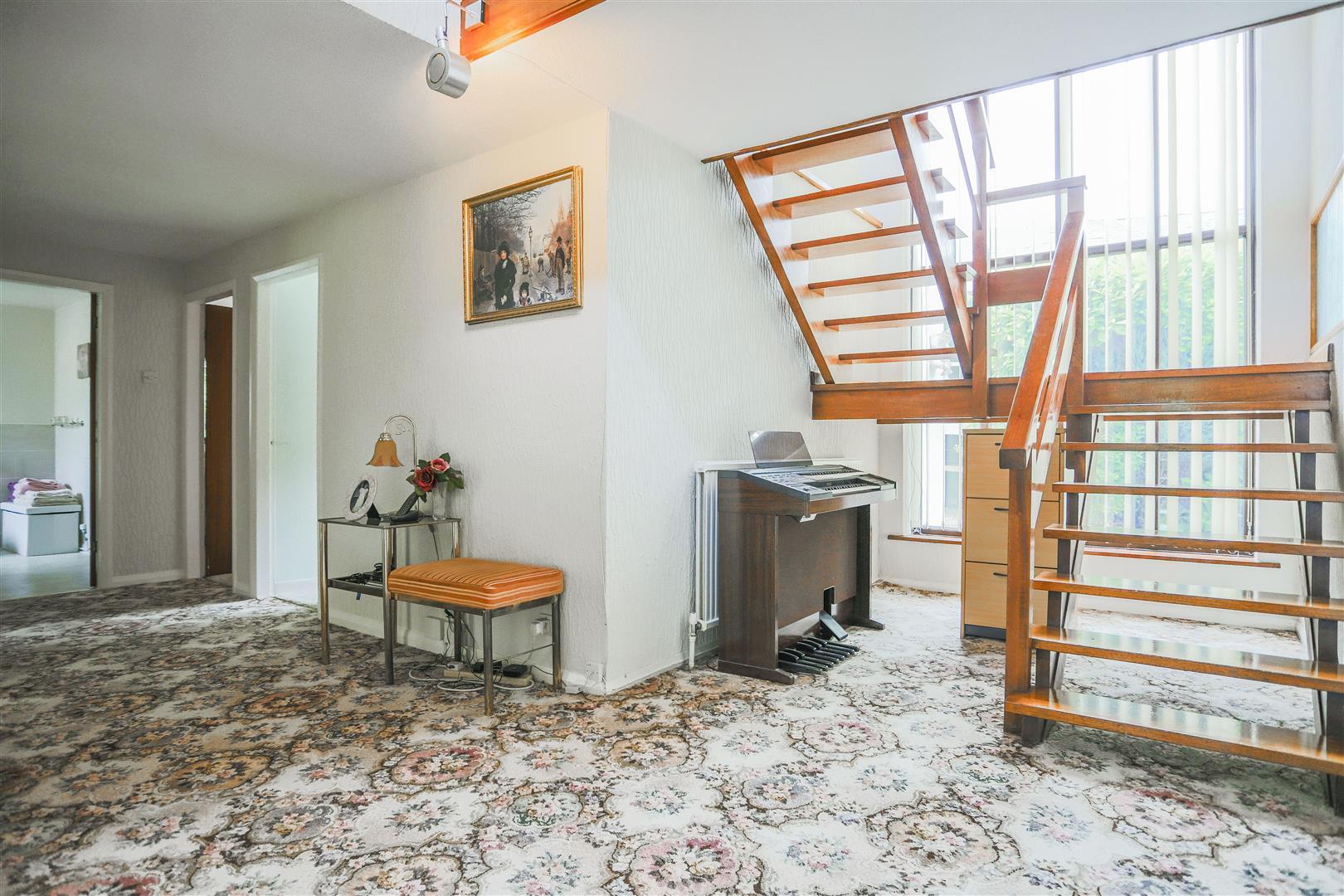 5 Bedroom Farmhouse For Sale - 21.JPG